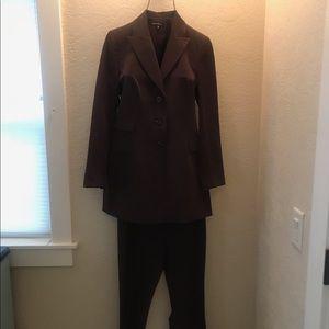 NWOT Surabaya Brown Suit Set Size 1 (Small)❤️